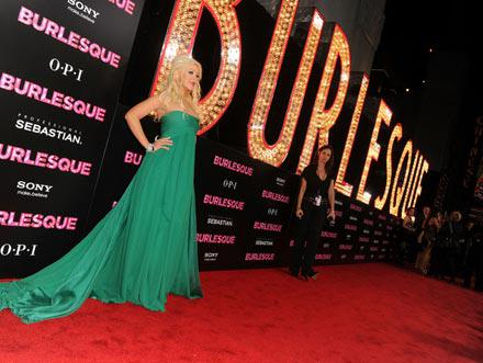 Premiere_Screen_Gems_Burlesque_Arrivals_LZ1eRhdfV2al.jpg