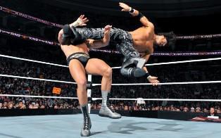 John Morrison remporte son combat contre Cody Rhodes et rencontrera Alberto Del Rio en demi finale