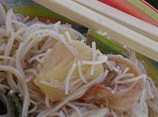 Vermicelles riz, crevettes, ananas, noix cajou