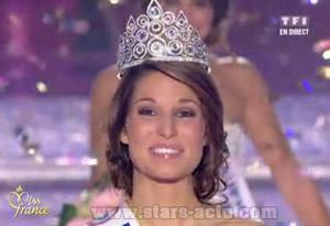 Laury Thilleman est Miss France 2011