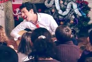 Joyeux Noel Max Boublil.Max Boublil Joyeux Noel à Voir