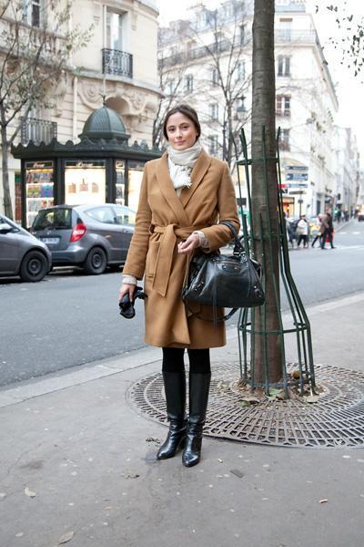 Emilie - Journaliste