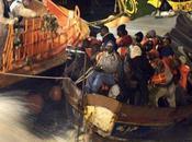 immigrante accouche bord d'une embarcation fortune route pour l'Espagne