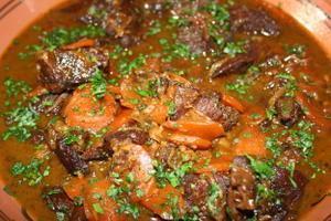 joue-de-boeuf-aux--pices--carottes-et-raisin-08-08-002.jpg