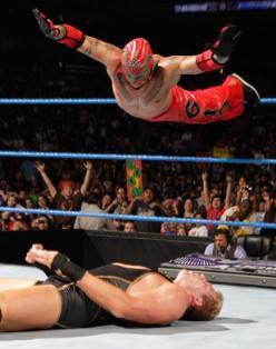 Kingston et Mysterio font des étincelles à Smackdown