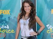 Miley Cyrus Elle rapproche vachement Denika Bedrossian