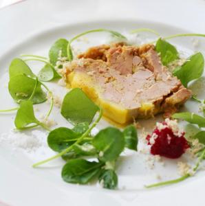 Recette de foie gras de canard par alain passard en - Decoration assiette de foie gras photo ...