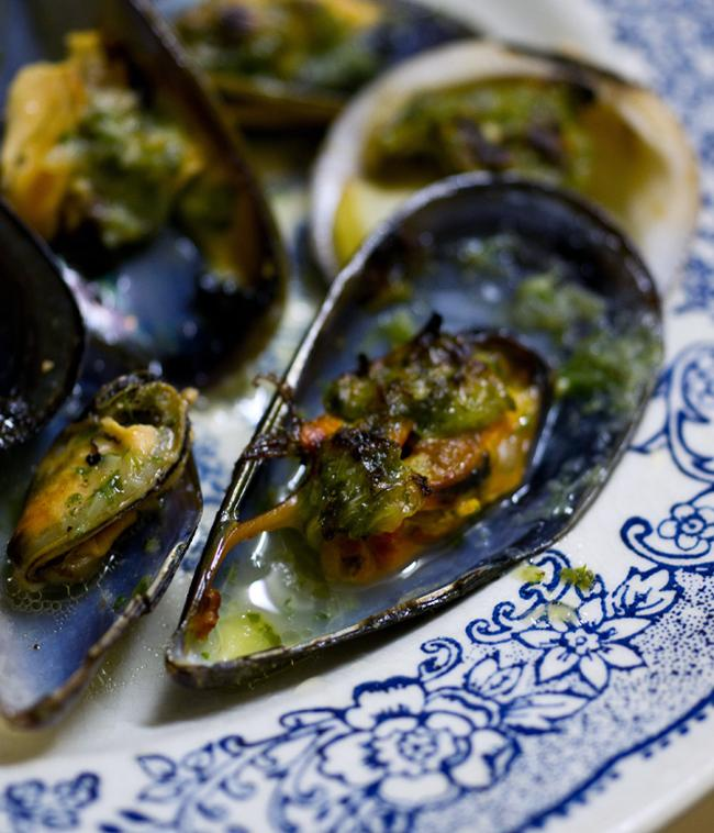 Moules & amandes farcies
