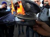 DÉGAGE APRÈS MOIS RÉVOLTE QUITTE POUVOIR TUNISIE après corruption