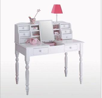 inspiration boudoir une coiffeuse pour la mise en beaut. Black Bedroom Furniture Sets. Home Design Ideas
