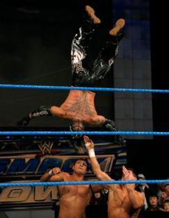 R-Truth et Rey Rey font équipe ce vendredi 14 jnavier à Smackdown contre Alberto Del Rio et Cody Rhodes