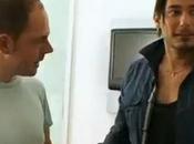 "télé"" Regardez John David donner leçons séduction Freddy"