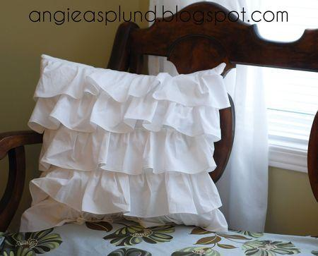 coussin_volant_froufrous_ruffle_2jpg