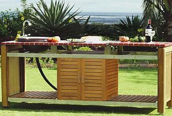 Table de jardin en mosaïque, table fer forgé ou une cuisine ...