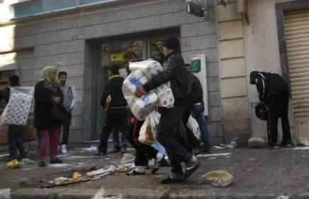 tunisie-pillage-commerces-15-janv-2011.1295826642.jpg