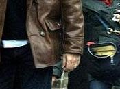 Hugh Laurie calvitie promenade Londres