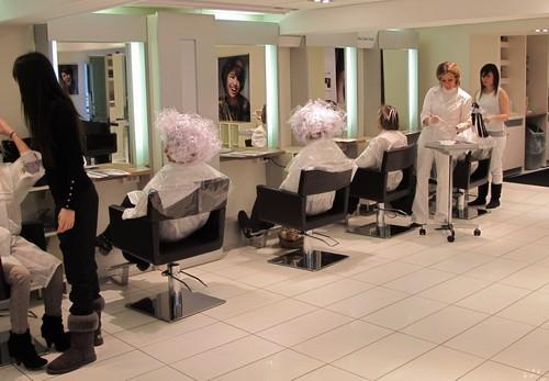 Comment servir de mod le chez un grand coiffeur lire for Exemple de reglement interieur salon de coiffure