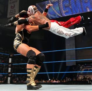 Victoire de Rey Rey face à Jack Swagger