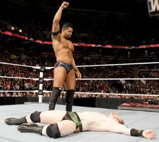 Le combat entre le New Nexus David Otunga et Sheamus se solde par un no contest