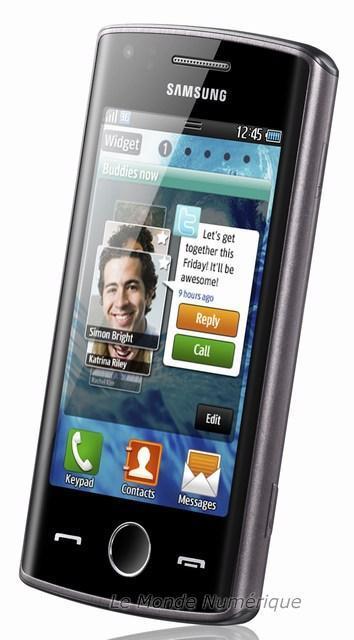 MWC 2011 : Samsung présente le smartphone Wave 578 sous Bada avec NFC