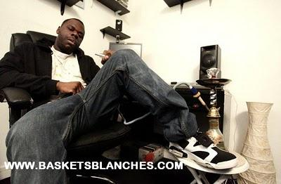 Bientôt: Interview WILLAXXX incarne Ol Tomy pour Baskets Blanches