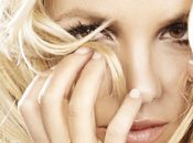 Nouveau clip britney spears hold against