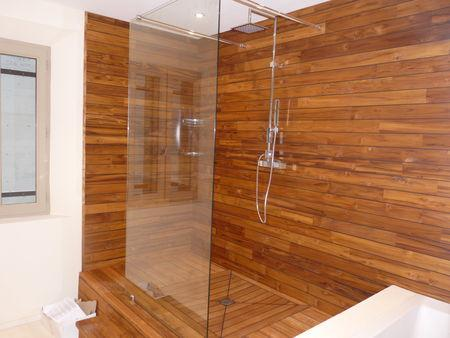 Salle de bain design en teck - Paperblog