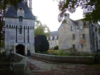 fervaques-chateau.jpg