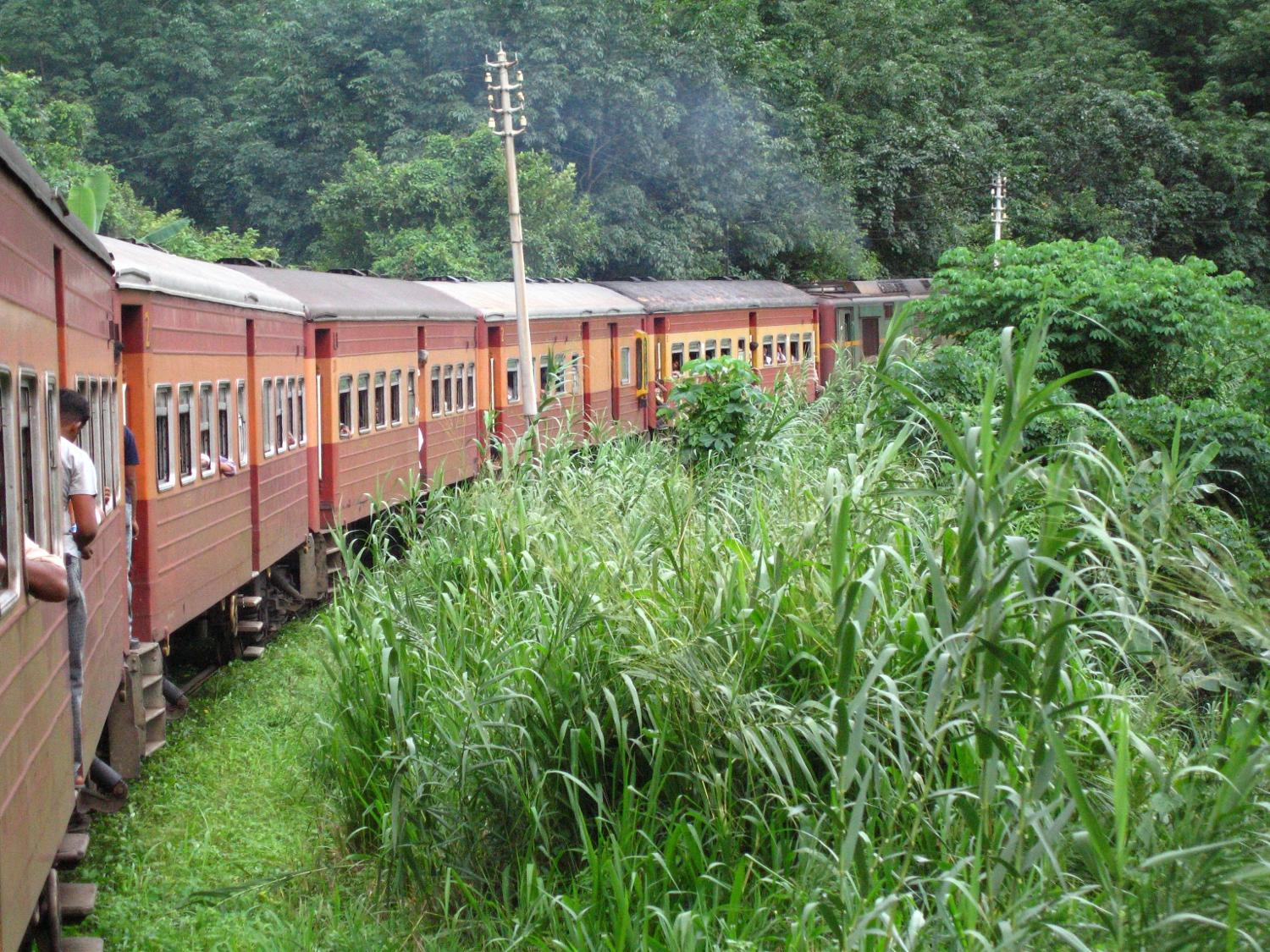Train_from_Colombo