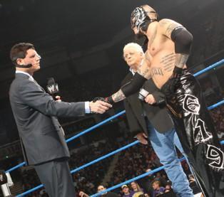 Cody Rhodes revient à Smackdown en compagnie de son père Dusty