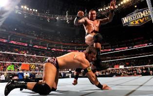 Le New Nexus Michael McGillicutty se fait mettre KO par The Viper