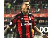 Boateng Quand j'appartiendrai 100% Milan, ferai tatouer logo bras gauche