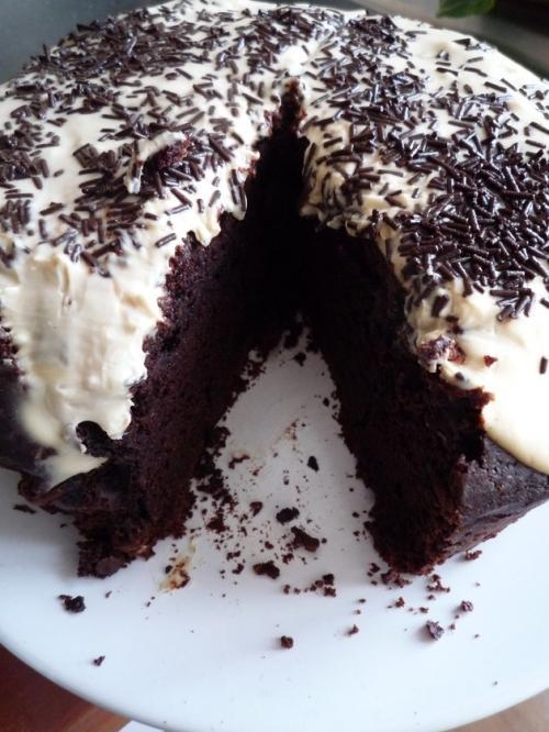 gâteau à la guinness, glaçage au baileys - À lire