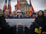 Manifestation arménienne devant Sénat. Paris.