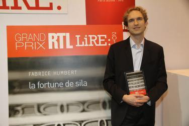 Grand Prix RTL LIRE 2011, pour La Fortune de Sila de Fabrice Humbert