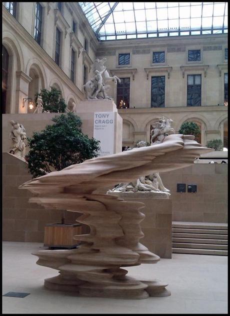 Elbow Tony Cragg Faces à faces contemporains au Louvre