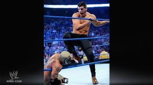 Cody Rhodes intervient dans le match opposant CM Punk à Rey Mysterio