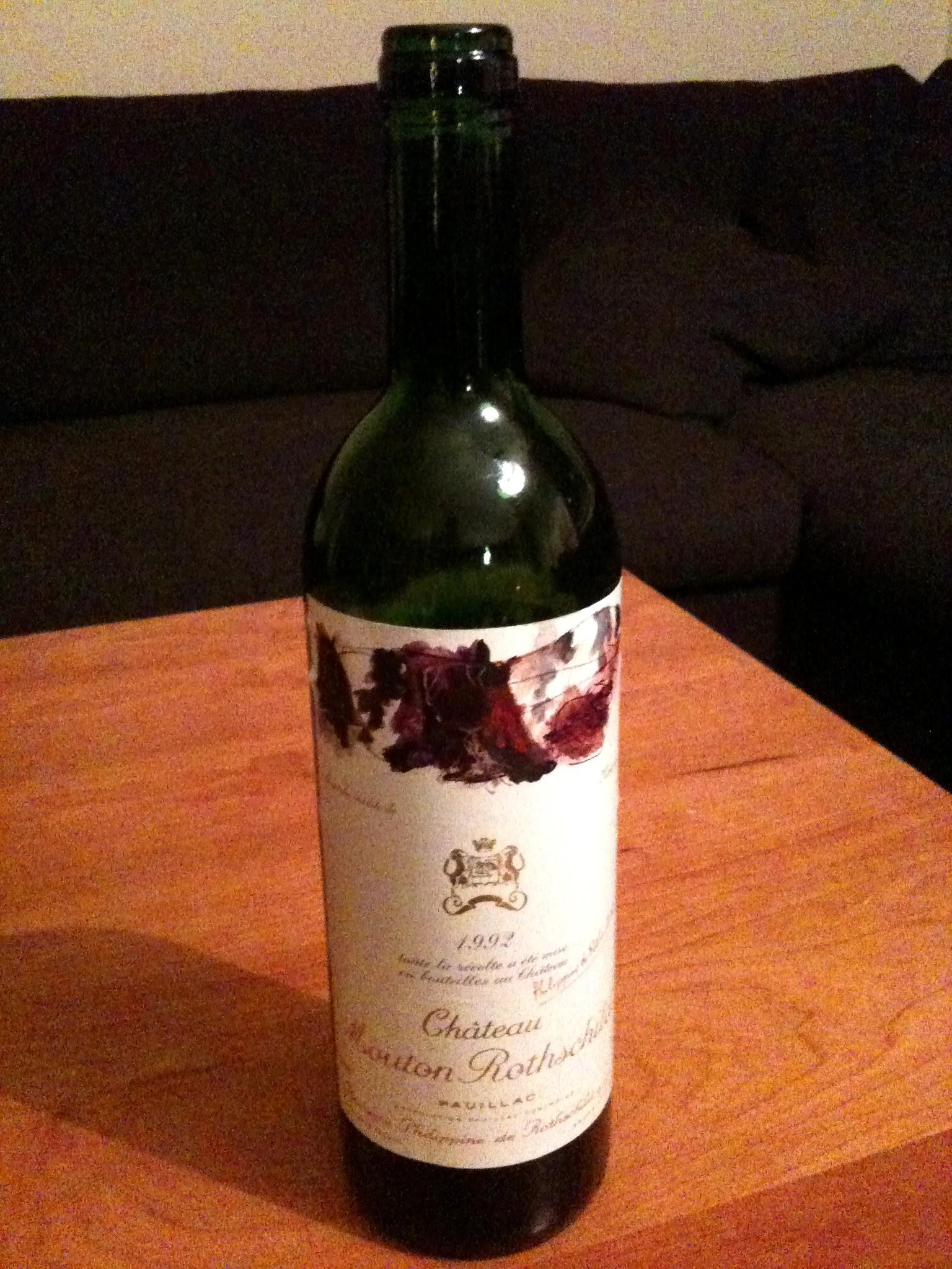 http://upload.wikimedia.org/wikipedia/commons/3/39/Chateau_Mouton_Rothschild%2C_1992%2C_Pauillac.jpg