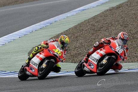 2011-04-14-Couple-de-Ducati.jpg