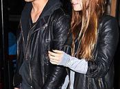 Taylor Lautner Lily Collins font petit resto