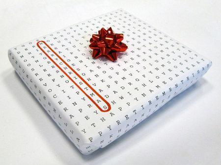 Un papier cadeau universel, s'inspirant des mots mêlés…