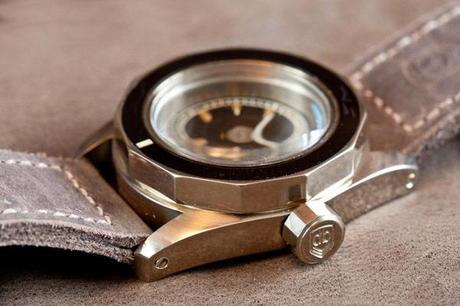 3R8O1582 Kopie web 01 VintageVDB: des montres militaires aussi vraie que nature
