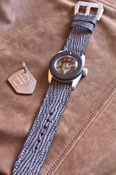 combo14 web VintageVDB: des montres militaires aussi vraie que nature