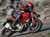 Ducati Monster 1100 EVO.
