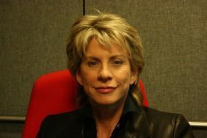 Patricia Cornwell  défend les droits des couples de même sexe