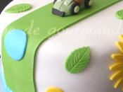 Gâteau d'anniversaire pour fiston (fraises, citron, amandes)
