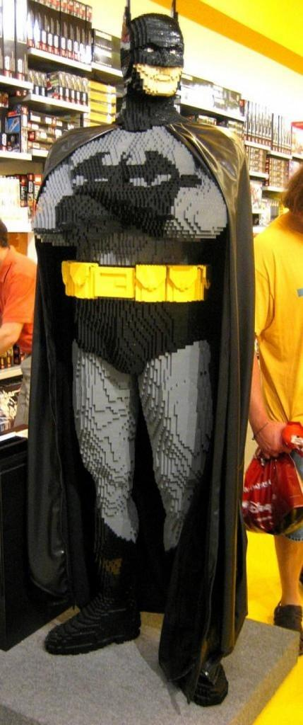 Batman Lego grandeur nature - À Lire