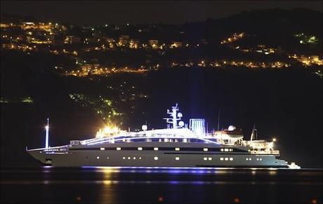 http://bbcicecream.com/blog/wp-content/uploads/2011/05/Yacht_505882j.jpg