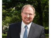 LÉGISLATIVES 2012 Français l'étranger Ronan Gleut, candidat