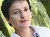 Fabienne Juhel, romancière l'écoute monde